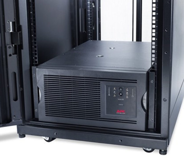 ИБП APC Smart-UPS 5000VA Rack/Tower